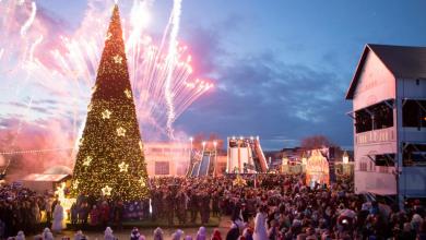 Photo of foto | Atmosferă de poveste la Nisporeni. Sute de oameni au participat la deschiderea Orășelului de Crăciun