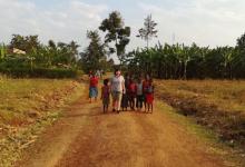 Photo of foto | Cartofii scăzuți și rața împușcată au ajuns și în Africa. Aventura de neuitat a unei tinere din Moldova în Uganda