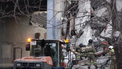 Photo of video | Explozie într-un bloc de locuit din Magnitogorsk. Cel puțin 3 persoane au decedat, iar peste 100 de apartamente, evacuate