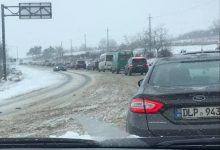 Photo of foto, video   Zăpadă le dă bătai de cap șoferilor: Pe traseul Chișinău – Orhei s-au format ambuteiaje kilometrice