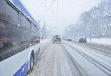 Photo of video | Situația în Chișinău, ora 11:00: Traseele a patru rute de autobuz au fost prescurtate temporar