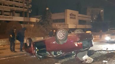 Photo of foto | Grav accident în fața Hotelului Național. Șoferul ar fi adormit la volan, iar pasagera ar fi sărit din mers