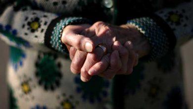 Photo of Gest lipsit de milă. O tânără din Căușeni ar fi furat de la o bătrână bani și produse alimentare