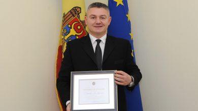 Photo of foto | Moldoveanul Ion Lazarenco, propus la Premiul Nobel pentru Pace chiar de ziua sa. Înotătorul a fost decorat cu Diploma de Onoare a Guvernului