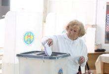 Photo of infografic | Prezența la vot, ora 12:00. Peste 600.000 de moldoveni au votat. Tinerii nu se grăbesc să-și exercite dreptul