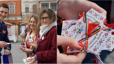Photo of Eroii Săptămânii. Au păstrat tradițiile vii chiar și dincolo de hotarele țării. Zeci de moldoveni au împărțit mărțișoare pe străzile din Anglia și România