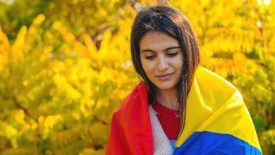Photo of foto | La braț cu politica românească. O moldoveancă, stagiară în Administrația Prezidențială de la Palatul Cotroceni