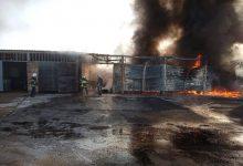 Photo of foto   Un depozit cu combustibil, cuprins de flăcări la Vulcănești. Șapte echipaje de pompieri luptă să stingă incendiul