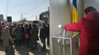 Photo of foto | Îmbulzeală la secția de votare din Bălți. Zeci de moldoveni au stat în rând pentru a vota președintele Ucrainei