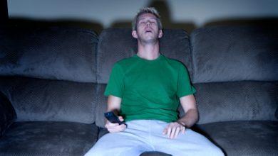 Photo of Stai mult timp în fața ecranelor? Riscurile majore la care te expui și cum îți influențează direct sănătatea