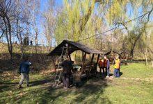 Photo of foto | Gata cu grătarele la Valea Trandafirilor. Toate foișoarele din parc au fost astăzi evacuate