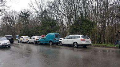 Photo of foto, video | Trei accidente s-au produs în doar câteva minute în sectorul Rîșcani al capitalei. Șapte mașini, avariate