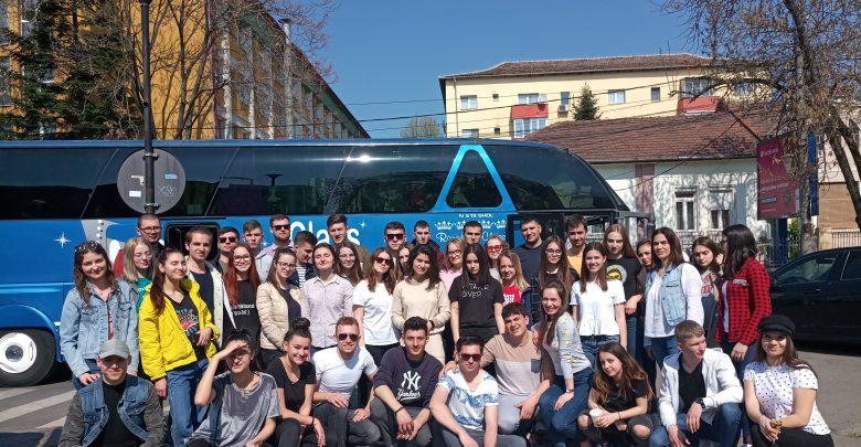 Photo of Și-au asigurat locuri la buget într-o universitate din România și au câștigat premii. Câțiva elevi moldoveni, învingătorii unui concurs din Timișoara