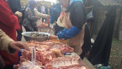Photo of foto | Păstrată în condiții insalubre și temperaturi necorespunzătoare. Peste 72 kg de carne au fost confiscate la o piață din Bălți