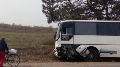 Photo of foto | Un automobil s-a tamponat cu un autobuz de rută la Anenii Noi. Două persoane au decedat pe loc
