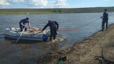 Photo of foto   Prea mult curaj sau prea puțină atenție? Un băiat de 17 ani s-a înecat la Comrat după ce a mers la o adâncime periculoasă