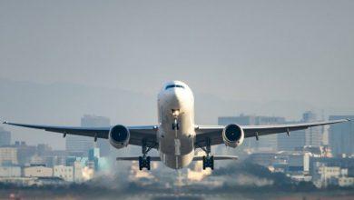 Photo of Toți au urcat în avion sănătoși, dar au coborât infectați. Peste 50 de persoane au contractat COVID-19 în timpul unui zbor