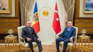 Photo of Erdogan i-a mulțumit lui Dodon pentru extrădarea profesorilor turci din Moldova