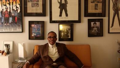 Photo of video | A fost om al străzii timp de 17 ani, iar acum vinde case de milioane de dolari. Află povestea lui Scott Purcell
