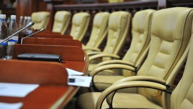 Photo of live | Parlamentul se întrunește în ședință. Urmează să fie constituite două Comisii speciale și numit un nou candidat la șefia Guvernului
