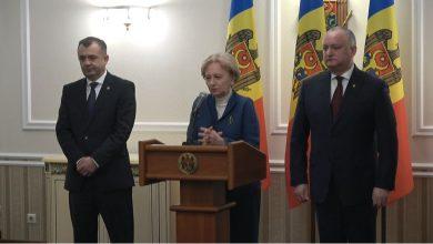 Photo of Ce au făcut Igor Dodon și Zinaida Greceanîi miercuri seara la Guvern? Răspunde Ion Chicu