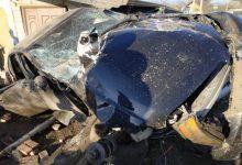 Photo of foto | Patru tineri, transportați la spital după ce o mașină s-a izbit violent de un pilon electric. Care este stare lor?