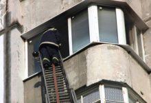 Photo of Doi copii de doar 2 anișori au rămas blocați într-un apartament din capitală. Salvatorii au intervenit de urgență