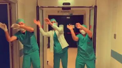 Photo of video   Au îndemnat oamenii să mai aibă puțină răbdare în ritm de dans. Mesajul transmis de medici italienilor în ajun de Paște