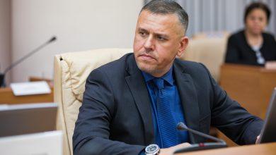 Photo of Procuratura confirmă reținerea ex-ministrului Apărării, Alexandru Pînzari