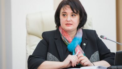 Photo of Vrea să candideze la anticipate? Viorica Dumbrăveanu a demisionat din funcția de consilieră a Zinaidei Greceanîi
