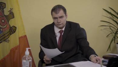 """Photo of video   """"Eu în fiecare seară dau testul la COVID-19. Am metoda mea"""". Vlogul președintelui, parodiat de actorul Cătălin Lungu"""