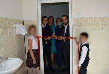 Photo of Directoarea gimnaziului din Hiliuți, amendată cu 1000 de lei pentru inaugurarea veceului. Ceilalți oficiali nu ar fi participat la organizarea evenimentului