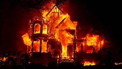 Photo of foto | Incendiile din California nu contenesc! Încă trei persoane au decedat, iar zeci de mii au fost evacuate