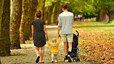 """Photo of CtEDO consideră că atribuirea automată unui copil a numelui tatălui, urmat de cel al mamei, este """"discriminatorie"""""""