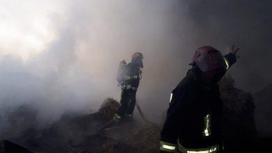 Photo of foto | Un nor de fum dens s-a ridicat deasupra unui sat din Criuleni. Cinci echipaje de pompieri au luptat cu un incendiu