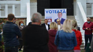 Photo of video | Andrei Năstase a întreprins o vizită în satul Racovăț. Apă, canalizare și pensii majorate – printre promisiunile candidatului la alegeri