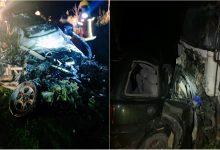 Photo of Trei persoane au decedat după ce un Land Rover a tamponat un camion. Salvatorii au intervenit pentru a scoate cadavrele dintre fiare