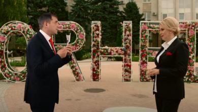Photo of video | Ilan Șor și Violeta Ivanov au discutat în centrul Orheiului despre transformările așteptate în Republica Moldova