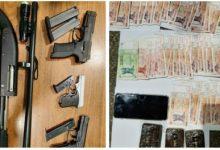 Photo of video   Arme, droguri și 100.000 de lei, depistați de oamenii legii în locuințe din Bălți. Mai multe persoane, reținute