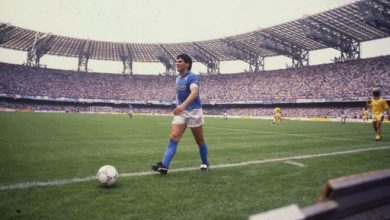 """Photo of Decizie istorică a clubului Napoli după moartea lui Maradona: """"Vom lucra pentru a redenumi stadionul"""""""