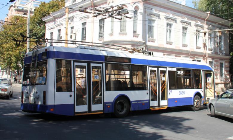 Photo of O stație de troleibuz din centrul capitalei își schimbă locul. Noua locație temporară