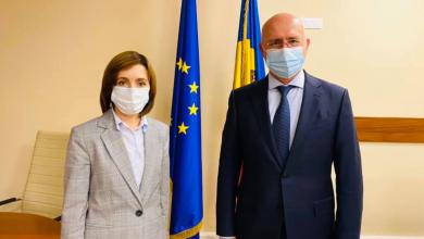 """Photo of Întrevedere la Parlament între Sandu și Filip. Democratul a asigurat-o pe președinta aleasă de """"sprijin pentru curățarea clasei politice"""""""