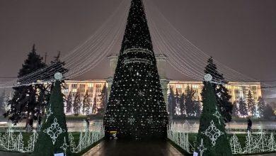 Photo of Fără târguri, dar cu mai mulți pomi de Crăciun în capitală. Locurile în care au fost amplasați