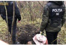 Photo of foto, video | Poliștii au dezgropat la Mileștii Mici un butoi cu… nouă kilograme de marijuana