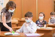 Photo of Tot mai mulți adolescenți din capitală contractă COVID-19. Se înregistrează infectări în clase