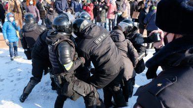Photo of Proteste în Rusia: Marea Britanie se declară preocupată de reţinerea protestatarilor paşnici