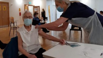 Photo of O femeie de 101 ani, supravieţuitoare a gripei spaniole, vaccinată anti-COVID: A fost doar un alt vaccin