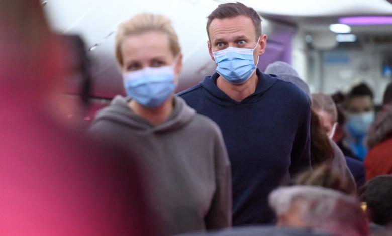 Photo of foto | Navalnîi, arestat. Filmul unei întoarceri acasă cu final așteptat