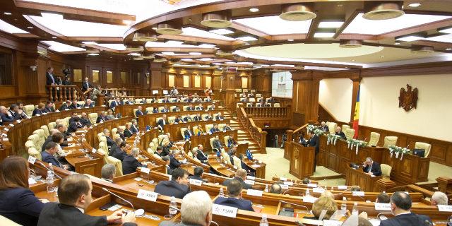 Photo of Reforma constituțională, făcută de o Comisie parlamentară? Bolea va fi președintele ei, iar Sîrbu – secretarul