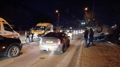 Photo of video   Impact violent pe străzile capitalei. Din nou, o ambulanță, implicată în accident